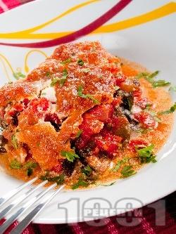 Огретен от белени домати, патладжани, сирене моцарела и течна сметана на фурна - снимка на рецептата